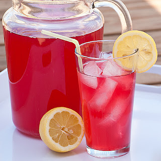 Kids in the Kitchen – Cranberry Lemonade Punch.