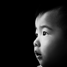 I'm Isaac by Vincent Tan - Babies & Children Child Portraits ( child, children, baby, cute, boy, black and white, b&w, portrait,  )