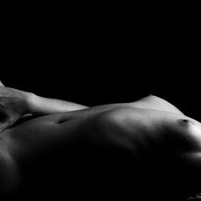 Body by István Decsi - Nudes & Boudoir Artistic Nude ( nude, black and white, boudoir,  )