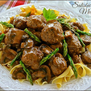 SALISBURY STEAK MEATBALLS with ASPARAGUS TIPS & CREMINI MUSHROOMS.