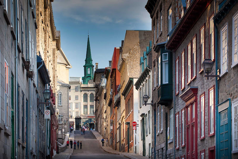 The pretty, charming Petit Champlain Quarter of Quebec City is lined with houses, cafes and art galleries.