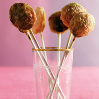 Apple Pie Pops.