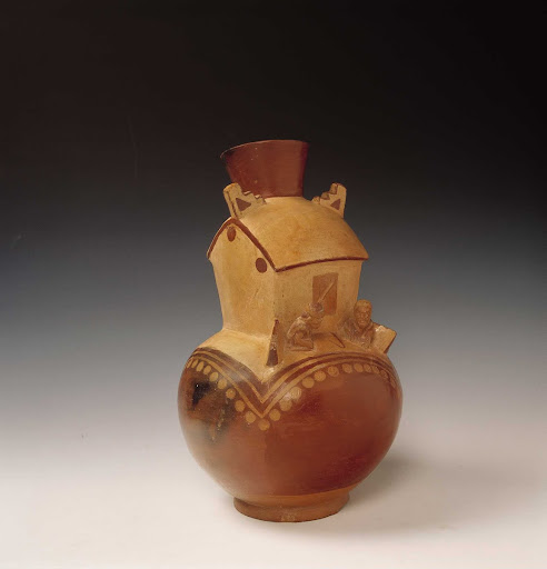 Sculptural ceramic ceremonial vessel that represents a ceremonial building ML002892
