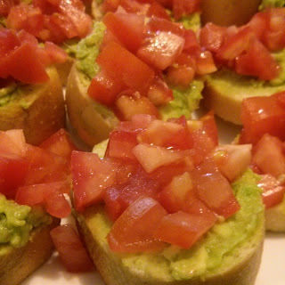 Smashed Avocado Tomato Basil Bruschetta