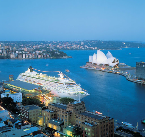 Crystal_Symphony_Sydney2 - Crystal Symphony will take you right into Sydney Harbour, where you can explore the city or just enjoy the view of the lovely Sydney Opera House.