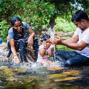 Fun by Shaik Mohaideen - People Family ( water, family, tada, children, chennai )
