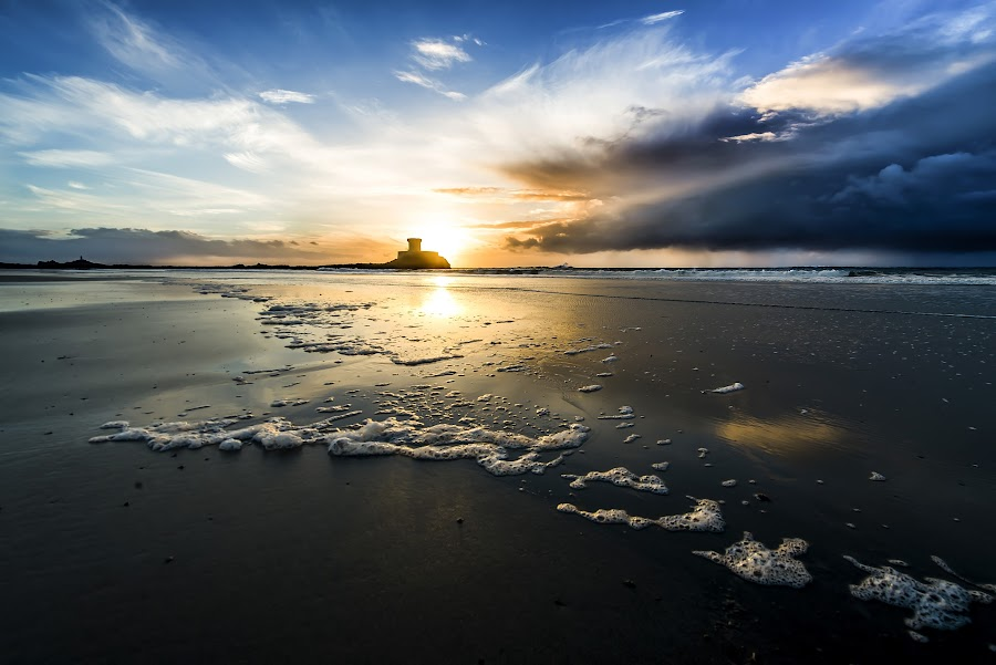 My favourite place in Jersey by Nick Venton - Landscapes Beaches ( clouds, sand, sky, sunset, sea, ocean, foam, sun )