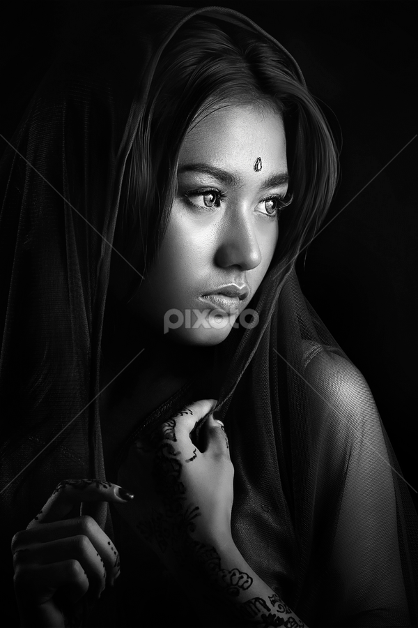 little India girl by Ivan Lee - Black & White Portraits & People ( canon, model, girl, india, beauty,  )