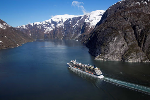 Celebrity_Silhouette_Tracy_Arm_Fjord - Take in the pristine majesty of Tracy Arm Fjord in Alaska during your Celebrity cruise.