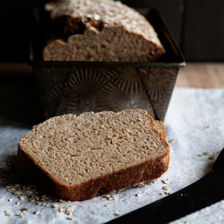 Homemade Country Oatmeal Bread for the Bread Machine.