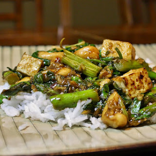 Stir Fry With Tofu And Asparagus Over Rice