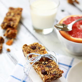 Molasses and Ginger Granola Bars