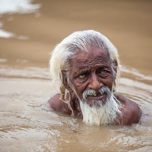 Bath in the sacred Gange.jpg
