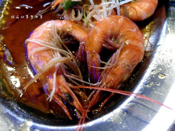 現點現做泰式料理吃到飽之新泰鼎泰式料理(邀約)