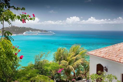 St. Maarten features many beautiful bays.