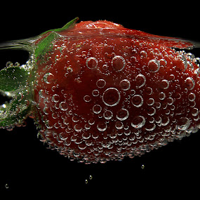 Strawberry by Besnik Hamiti - Food & Drink Fruits & Vegetables ( sparkling water, fruit, kosovo, bubbles, strawberry )