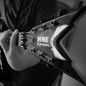 Nate with his Dime Guitar by Nicole Mitchell - Black & White Portraits & People ( black and white, dime razorback guitar,  )