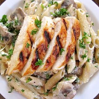 Creamy Mushroom Pasta W/ Chicken