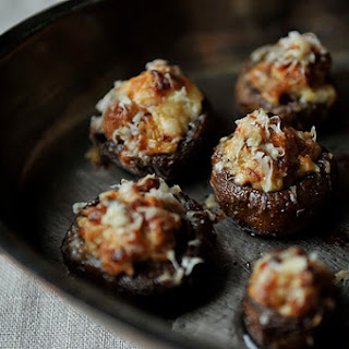Creamy Sausage Stuffed Mushrooms
