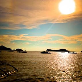 Rising Sun by Ryan Hortizuela - Landscapes Beaches