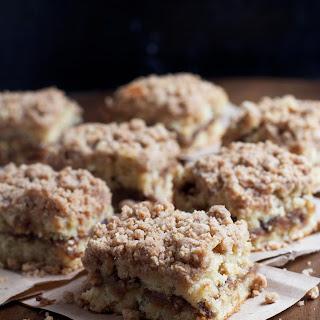 Cinnamon Swirl Banana Crumb Cake