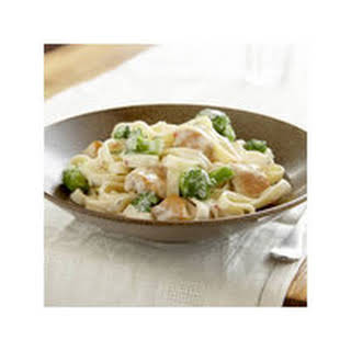 Easy Chicken & Broccoli Alfredo.