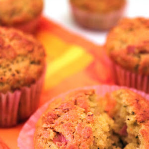 Savory Muffins with Pesto and Almonds