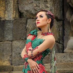 Indonesian Girl by Assaifi Fajarmass - People Portraits of Women ( fashion, girl, modeling, traditional, portrait )