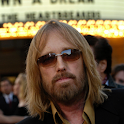 Tom Petty Wallpapers logo
