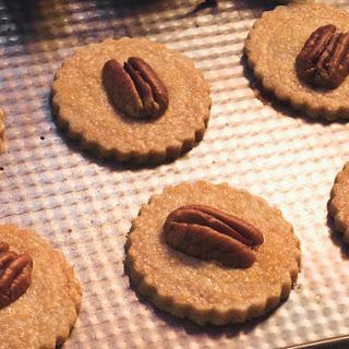 Cinnamon Pecan Shortbread