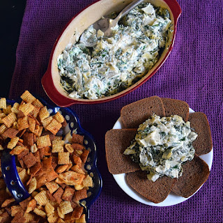 Homemade Spinach Artichoke Dip Recipe – My Favorite Holiday Tradition