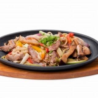 Snelle beef Shanghai met noodles