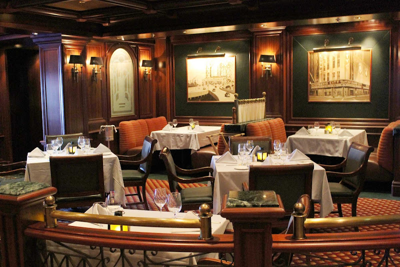 Crown Grill, the superb steakhouse onboard Emerald Princess.