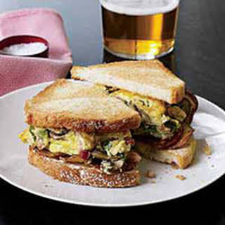Denver Eggs-and-Potato Hash Sammies.
