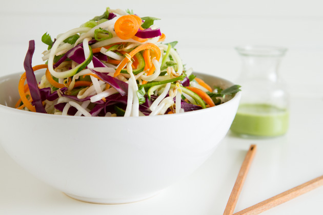 Fresh N' Raw Pad Thai Salad Recipe