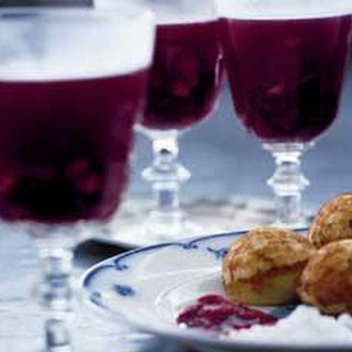 Christmas Doughnuts With Mulled Wine