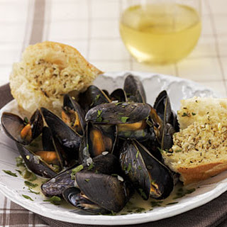 White Wine—Steamed Mussels