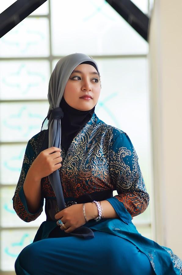 Hijaber2 by AffmârLiqūe Gîbsôn - People Portraits of Women