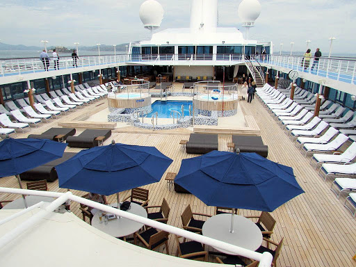 Oceania-Regatta-pool-deck - A look at the pool deck aboard Oceania Regatta.