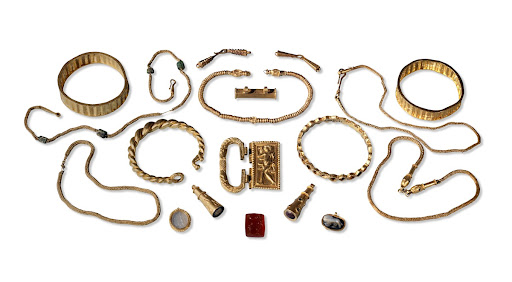 Jewellery from the Thetford treasure