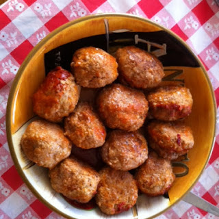 Meatballs Served in Cheese Puffs..