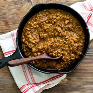 Barbecue baked black-eyed peas (Adapted from A Taste of Texas).