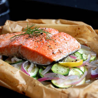 Dill & Lemon Baked Salmon in Parchment.