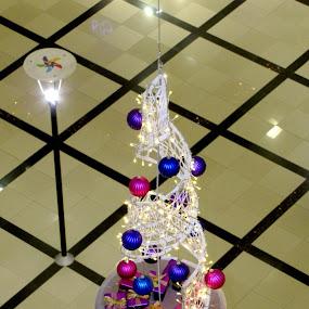 Gift boxes by Suaib Akhter - Artistic Objects Other Objects ( shopping mall, sakarya, winter, new year, avm, 2015, turkey, serdivan )