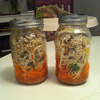 Quick Weekday Lunch - Noodle Jars.