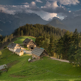 Eco Farm in Slovenia by Klemen Ramoves - Buildings & Architecture Homes ( farm, slovenia, eco )
