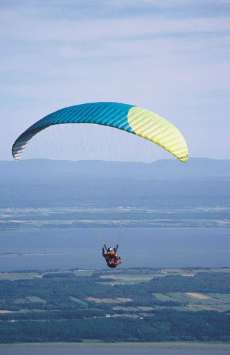paragliding-Quebec-City - Paragliding over Quebec City, Canada.