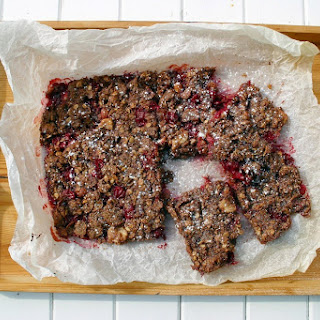 Purple Gooseberry Cocoa Flaxseed Crumble Flapjack