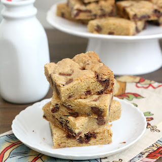 Thick and Chewy Nutella Chunk Cookie Bars.