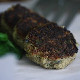Nutty Quinoa Cakes With Basil and Parmesan.